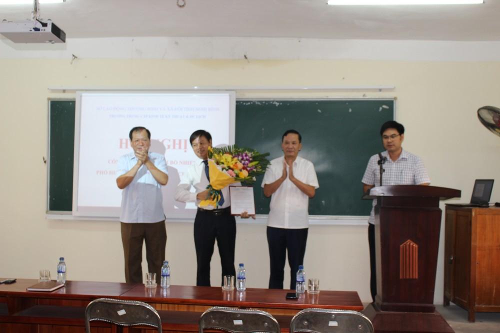 Công bố quyết định bổ nhiệm Phó Hiệu trưởng Trường Trung cấp Kinh tế – Kỹ thuật và Du lịch tỉnh Ninh Bình